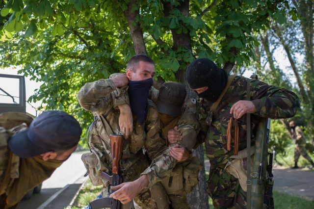 Как прошла ночь в Донецке: поврежденный газопровод, такси с пассажирами и обстрел Киевского района