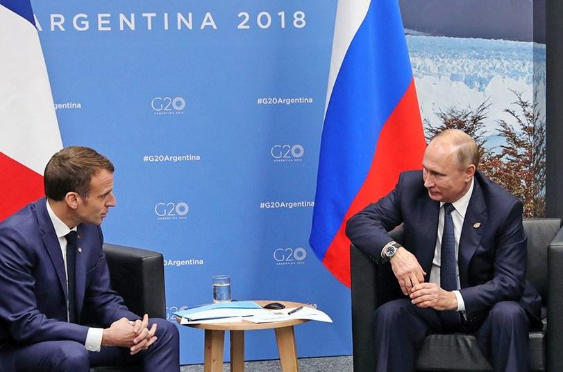 Венедиктов: Путин рисовал на коленках карту Украины, пытаясь доказать Макрону невиновность РФ в проливе, - кадры