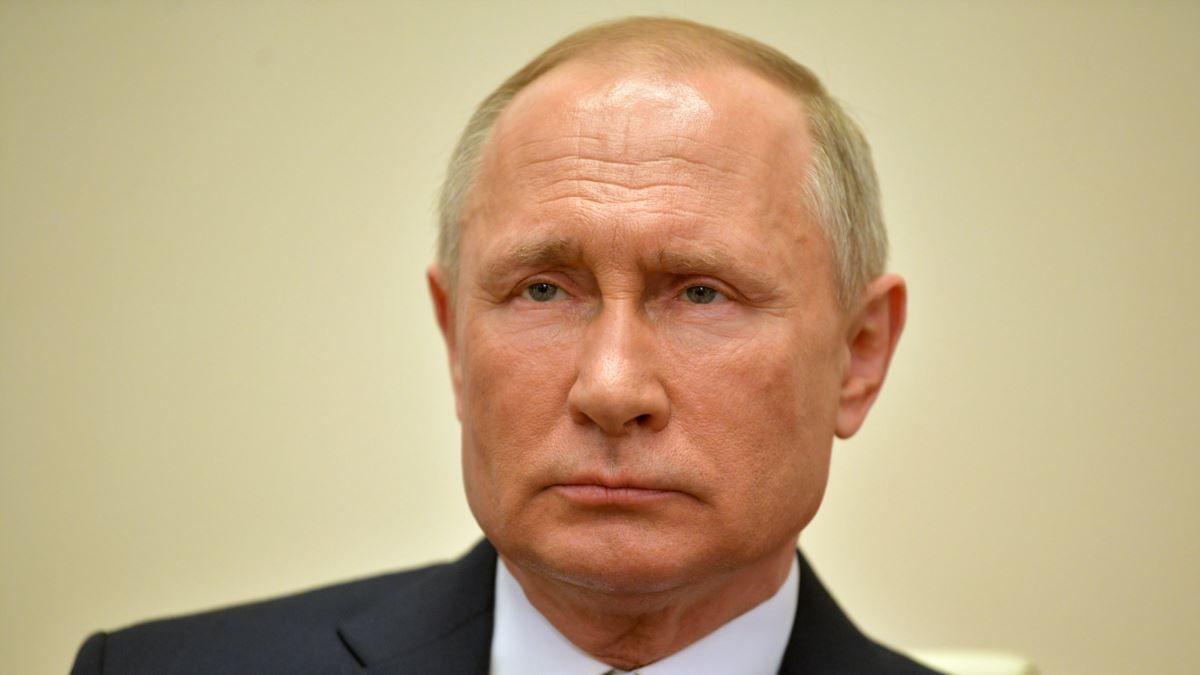 """Политолог: """"Путин начал сильно сдавать, на сцену выходят представители """"Семигенеральщины"""""""""""