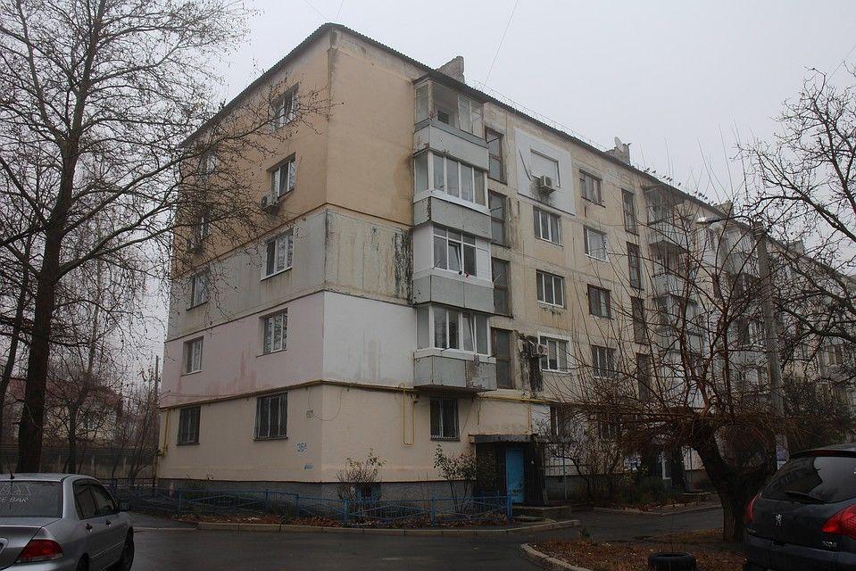 Жители Крыма покидают дома из-за покойников во дворах: в РПЦ крымчанам посоветовали терпеть