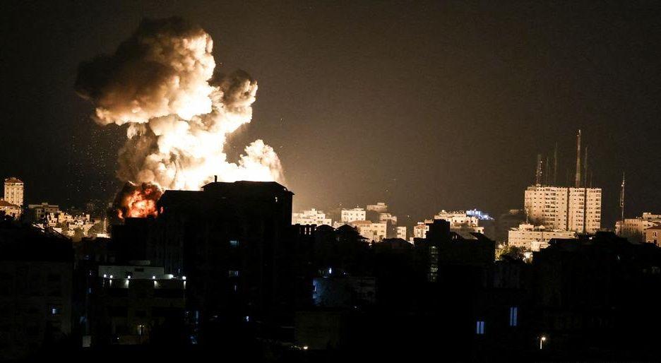 Израиль нанес удары по домам командиров ХАМАС и лидера исламистского движения Халиля-Аль-Хайи
