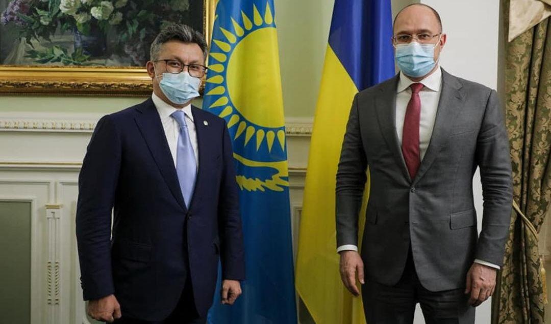 Казахстан готов отправить в Украину собственную вакцину от COVID-19 в качестве гумпомощи