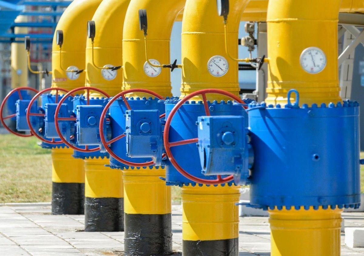 Россия рекордно сокращает транзит газа через Украину на фоне стягивания войск к границе