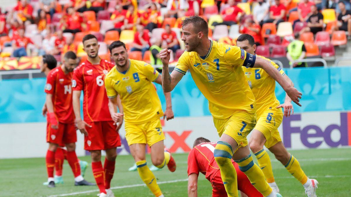 Украина в игре с двумя пенальти одолела Северную Македонию на Евро-2020 - таблица