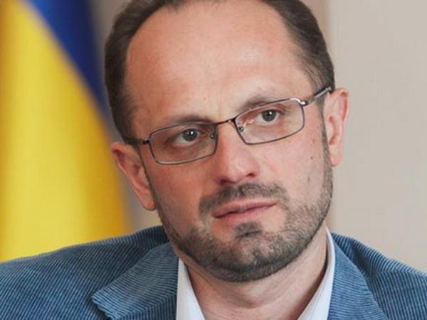 Амнистия и выборы в оккупированном Донбассе: о чем не могут договориться в Минске