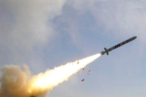 """В США всерьез задумались о выходе из ракетного договора с РФ: Кремль испугано угрожает Белому дому """"наращиванием вооруженных сил и ответными мерами"""""""