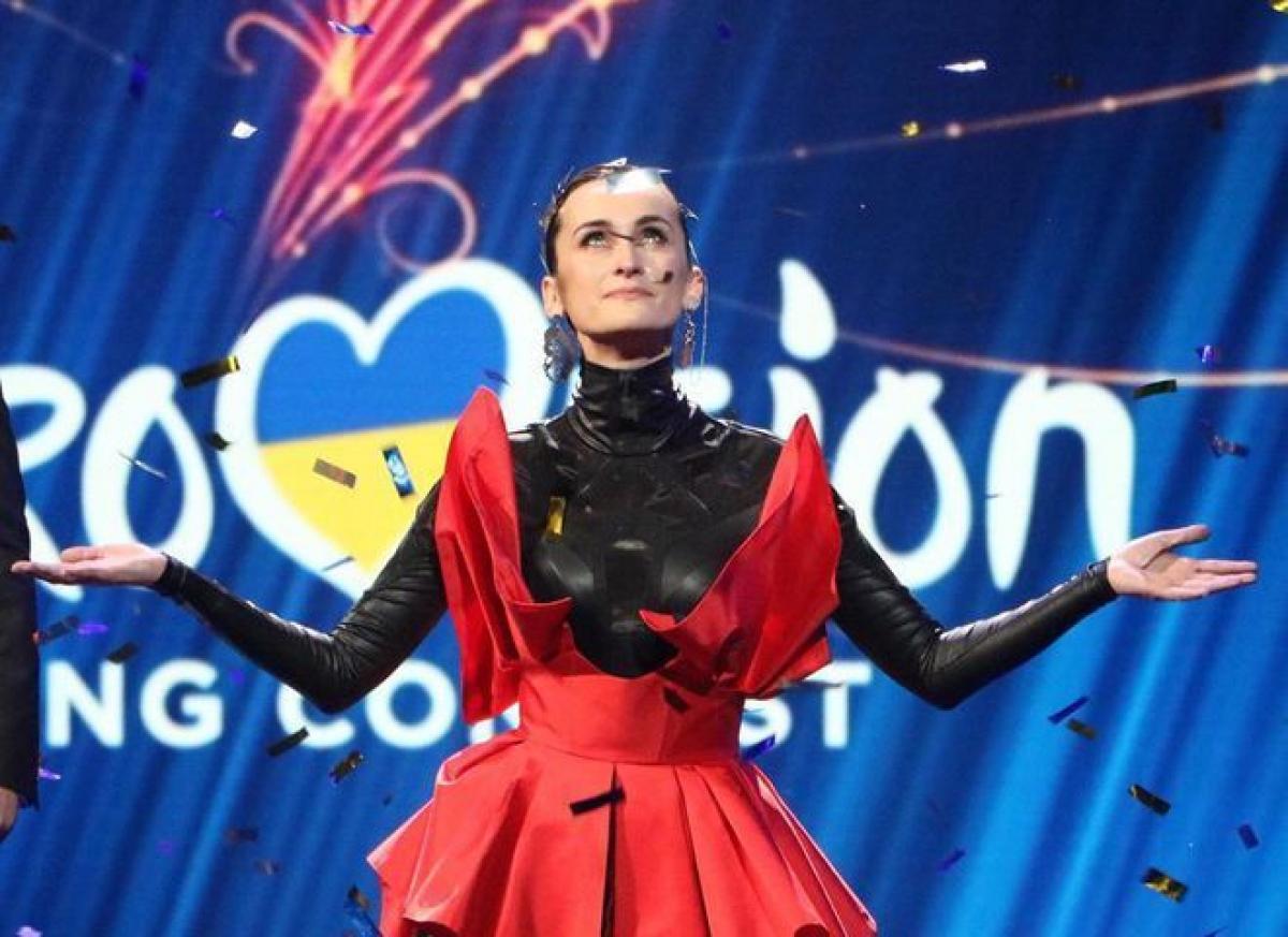 """Зрители со всего мира разочарованы """"Евровидением 2020"""" онлайн: """"Ожидали большего, крутить записи - это халтура"""""""