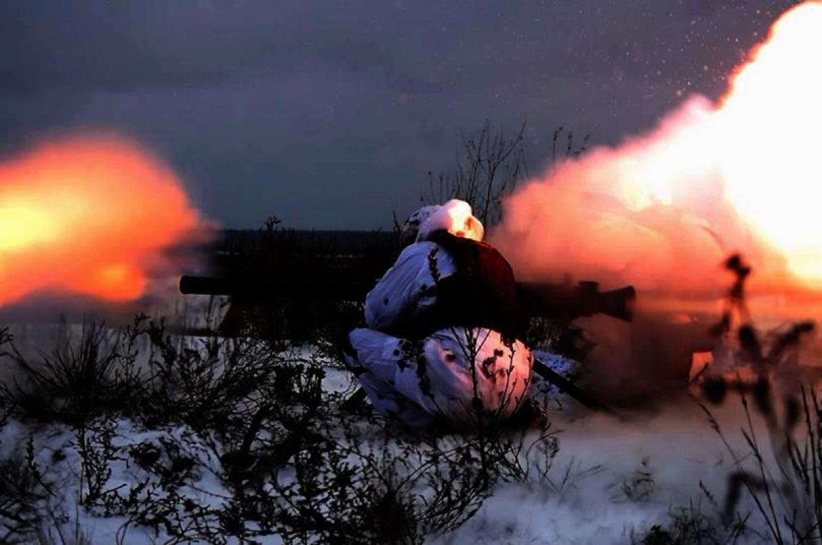 """Под Донецком вспыхнул тяжелый бой и достиг Макеевки: """"Дома ходуном, как в 14-м году"""""""