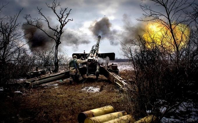 Ночь в Авдеевке обещает быть тяжелой, террористы строят оборонительные укрепления и боятся украинского наступления – Роман Бочкала