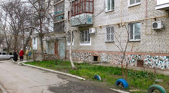 Зверское убийство в Николаеве: военный задушил на глазах у ребенка ее мать, после чего вскрыл себе вены