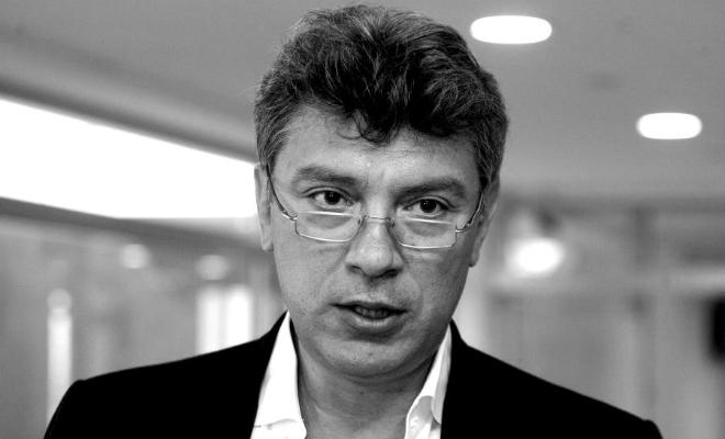 Теперь они будут постоянно помнить об убийстве: в Киеве сквер у посольства РФ назвали именем Немцова