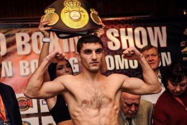 Чемпионом мира стал боксер из Украины: Артем Далакян эффектно одолел американца в историческом поединке - кадры боя
