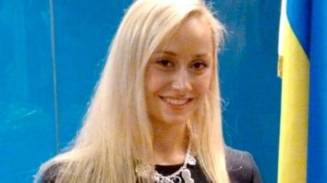 Самая сексуальная украинская синхронистка Анна Волошина выиграла золотую медаль на первом этапе Мировой серии