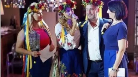 Жена Пескова Навка соскучилась за Украиной: экс-фигуристка появилась на публике в украинской вышиванке