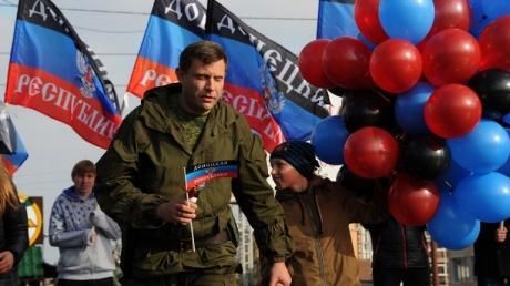 """Без него точно не обошлось: стало известно, кто именно надоумил Захарченко заявить о """"рождении"""" """"Малороссии"""""""