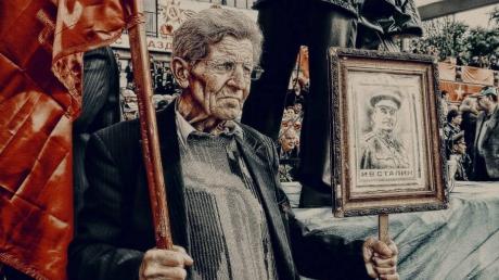 Сталин круче Путина: россияне назвали Кобу самым выдающимся человеком всех времен и народов