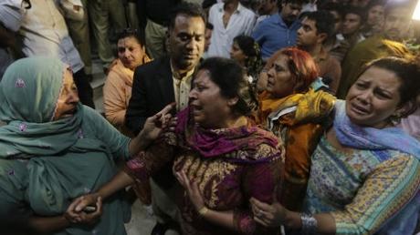мир, Пакистан, Пенджаб, Лахора, общество, терроризм, взрыв, теракт, смертник, парк, жертвы