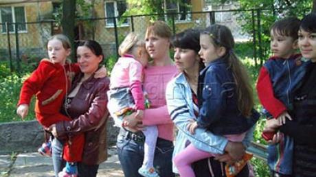 Школьники из Луганской области поедут отдыхать в Словакию или Румынию - Москаль