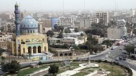 В Багдаде произошел теракт: боевик-смертник активировал пояс со взрывчаткой, в результате чего погибло 26 человек, 70 ранено