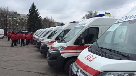 """Краматорск """"ласково"""" встречает Порошенко бронетехникой в центре города и перекрытыми дорогами"""
