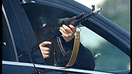 Стреляли из авто: в Кропивницком возле СИЗО убили адвоката – кадры