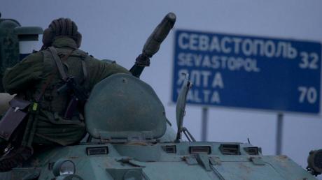 """У Лаврова заявили, что тьма военных РФ """"законно"""" аннексировала Крым """"в рамках Будапештского меморандума"""""""
