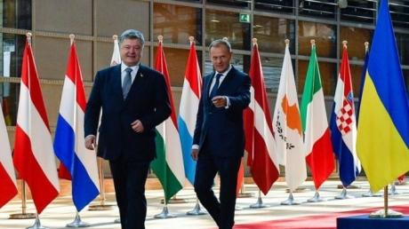ЕС принял важное решение об антироссийских санкциях: Порошенко сообщил хорошую для Украины новость