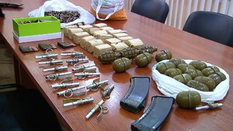 Под Одессой - героин, под Киевом - гранаты и патроны