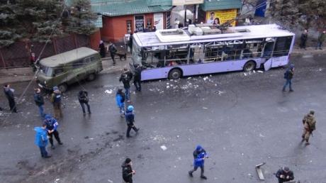 СМИ: Количество погибших при обстреле остановки в Донецке достигло 15 человек