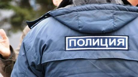 В Москве полицейский-лудоман покалечил женщину и отобрал в кредитной конторе более 60 тысяч рублей