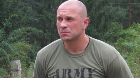 "Полк ""Азов"" отреагировал на обвинение ""за Донбасс"" депутата ""ОПЗЖ"" Кивы"