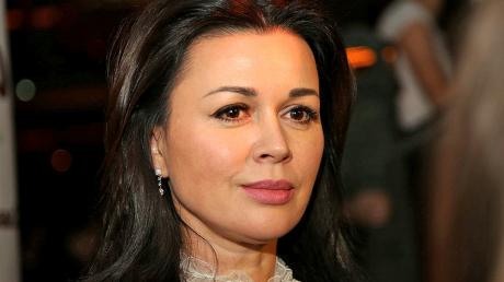 """""""Новая методика омоложения"""", - друг Заворотнюк назвал причину возникновения рака у актрисы"""