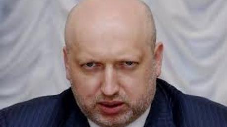 Турчинов: в Донбассе боевики готовят мощные наступательные операции