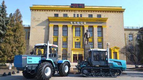 Ярославский возвращается в Харьков: бизнесмен купил крупнейший в Восточной Европе тракторный завод