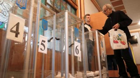 Зарубежные аналитики дали оптимистичный прогноз по итогу первого тура выборов в Украине
