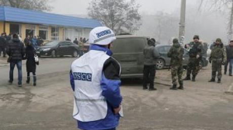 ОБСЕ будет наблюдать за соблюдением режима тишины в Дебальцево, Мариуполе и аэропорту Донецка