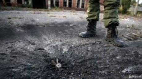 На Донбассе группа террористов подорвалась на мине: боевики из Горловки и Луганска не выжили - фото