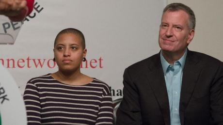Протесты в США: дочь мэра Нью-Йорка была арестована в ходе массовых беспорядков