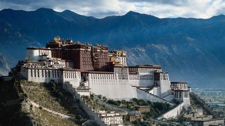 """Ученые раскрыли тайну """"Города богов"""" древних цивилизаций в Тибете – кадры"""