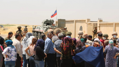 """В Сирии курды заставили военных России уйти из их деревень: """"Мы предпочитаем защиту США"""""""