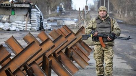 В Донбассе обострение: диверсанты боевиков атаковали ВСУ в Новотроицком