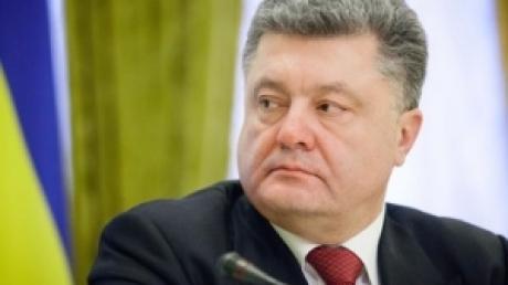 Порошенко сообщил Меркель, что ДНР и ЛНР не выполняют минские соглашения