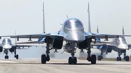 В Беларусь полетели самолеты ВКС РФ: цель полетов российской авиации неизвестна