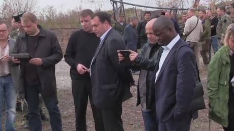 Международные представители правозащитных организаций осмотрели места массовых захоронений в Нижней Крынке