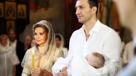 """""""С Володей Кличко мы знакомы очень давно. Я им горжусь и рада, что мы стали крестными такой славной девочки"""", – Марченко поделилась новыми подробностями с крестин дочери Шуфрича - кадры"""