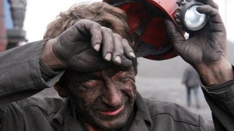 Без зарплаты: в оккупированной Макеевке из кассы шахты похитили деньги горняков