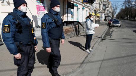 """""""Режим ЧС в Украине - ошибка"""", - журналист пояснил, к чему приведут такие меры"""
