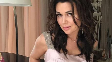 В семье Заворотнюк уже две смерти от рака - над актрисой нависла опасность