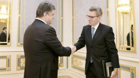 Отношения Украины и США не ждут негативные последствия офшорного скандала Порошенко - Пайетт