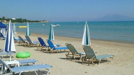 """У крымских """"властей"""" паника: россияне не хотят ехать в аннексированный Крым и предпочитают отдыхать на курортах Турции"""